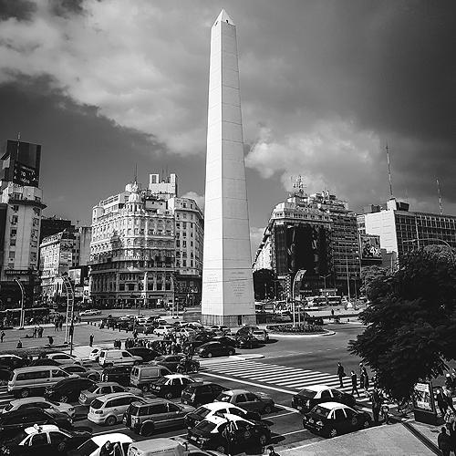Obelisk im Stadtzentrum von Buenos Aires